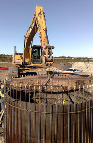 Sewer pump station construction by Hallco Engineering
